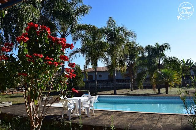 piscina-flores-pousada