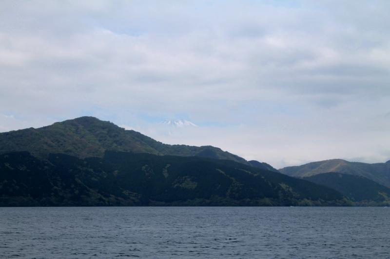 "Dei azar e só vi a pontinha do Monte Fuji! A foto é estilo ""Onde está o Monte Fuji?"" rs."