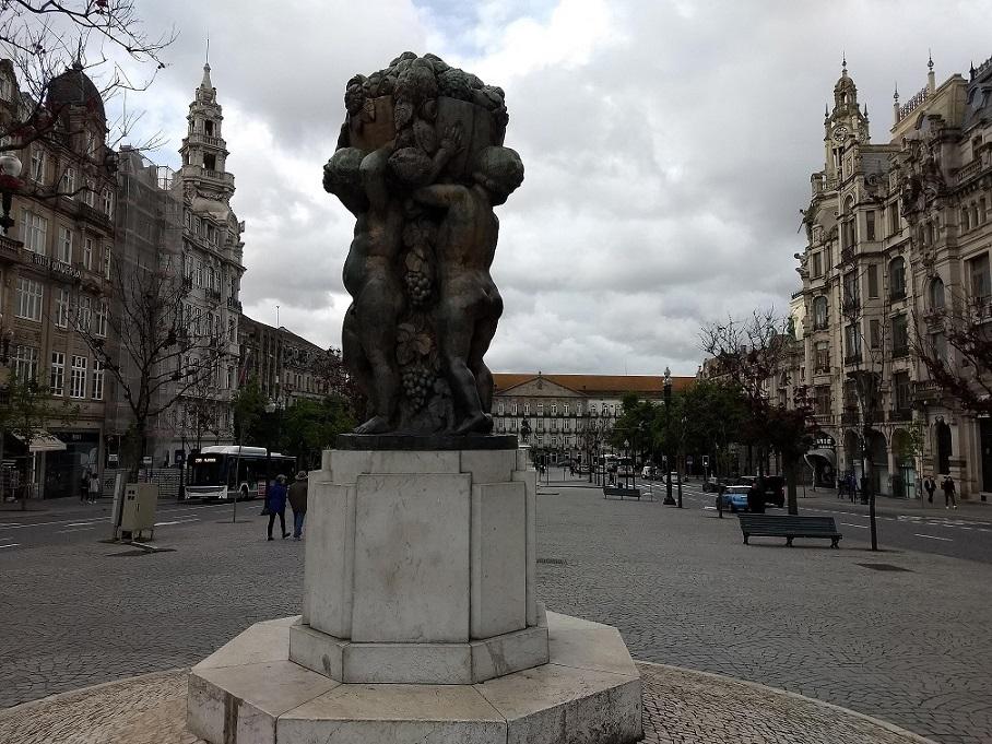 Praça da Liberdade em Porto